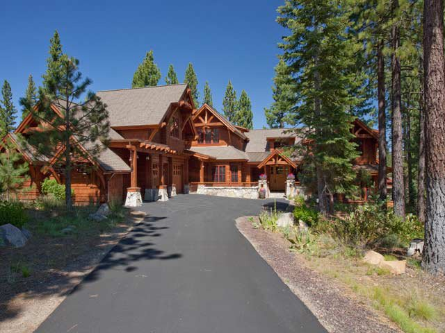 Truckee and lake tahoe luxury property for Luxury lake tahoe homes for sale